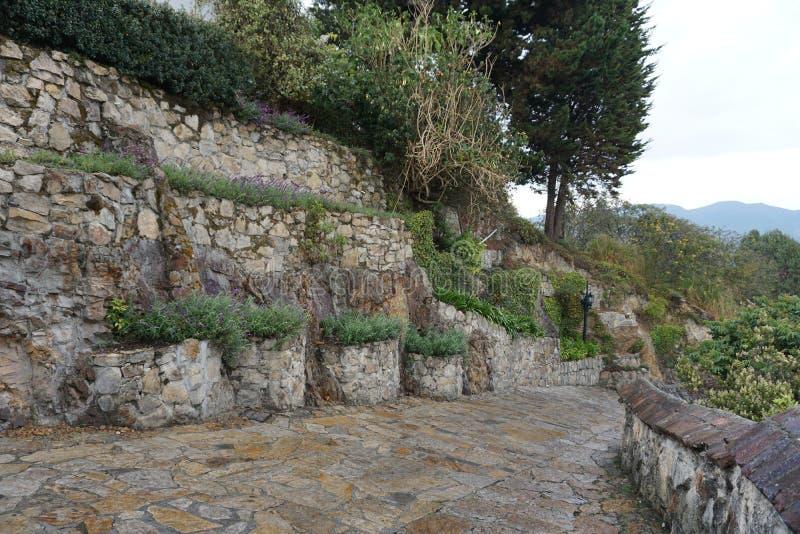 Каменная тропа на Monserrate, Колумбии стоковое изображение rf
