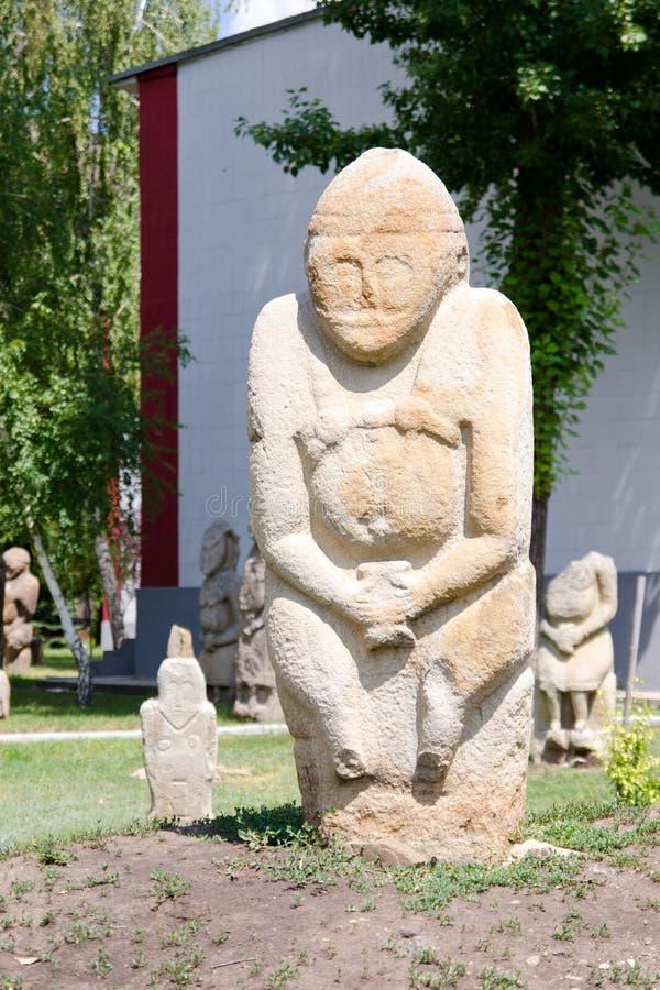 Каменная polovtsian скульптура в парк-музее Луганск, Украине стоковое изображение rf
