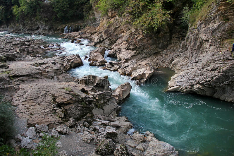 Каменные реки побережья стоковые фотографии rf