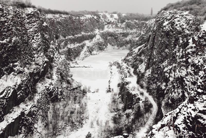Каменный карьер большая Америка в зиме, чехии стоковое фото