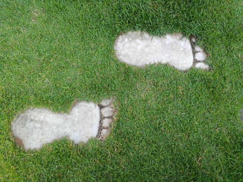 Каменный путь сада в формате ноги стоковое изображение rf