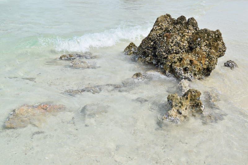 Камень в море Krabi стоковое фото rf