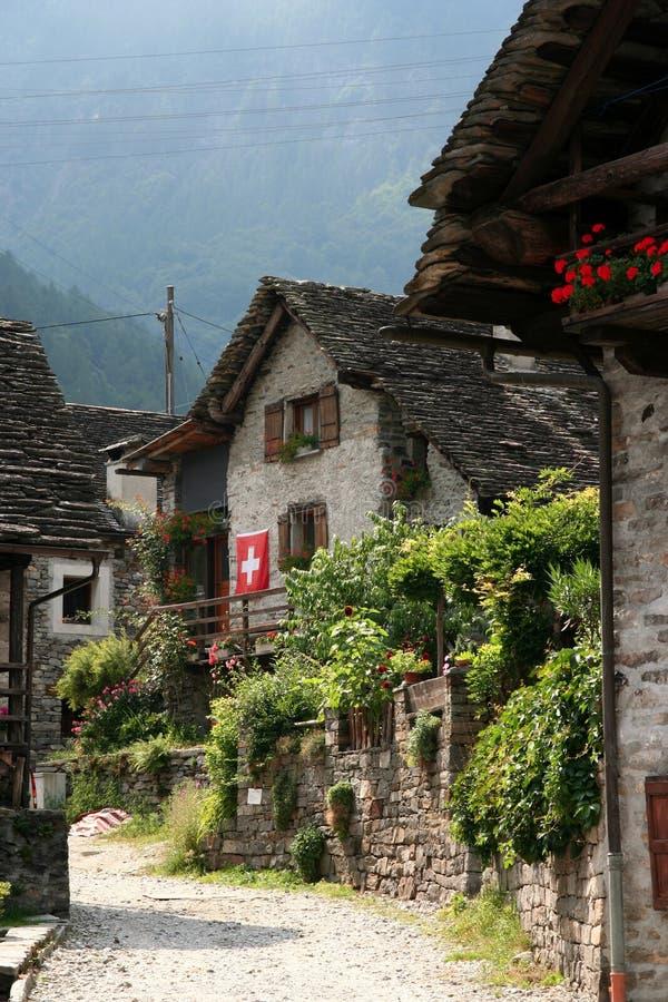 камень прелестно домов старый стоковые фотографии rf