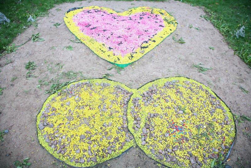 Камень сада и парка покрашенный украшением стоковые изображения rf