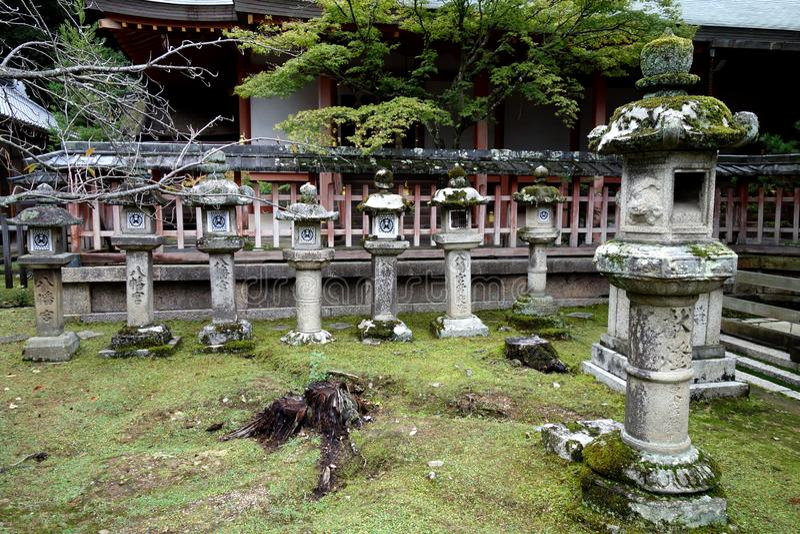 камень nara фонариков японии стоковые изображения
