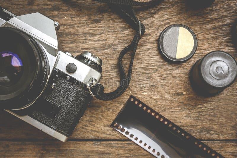 Камера на деревянном стоковое фото