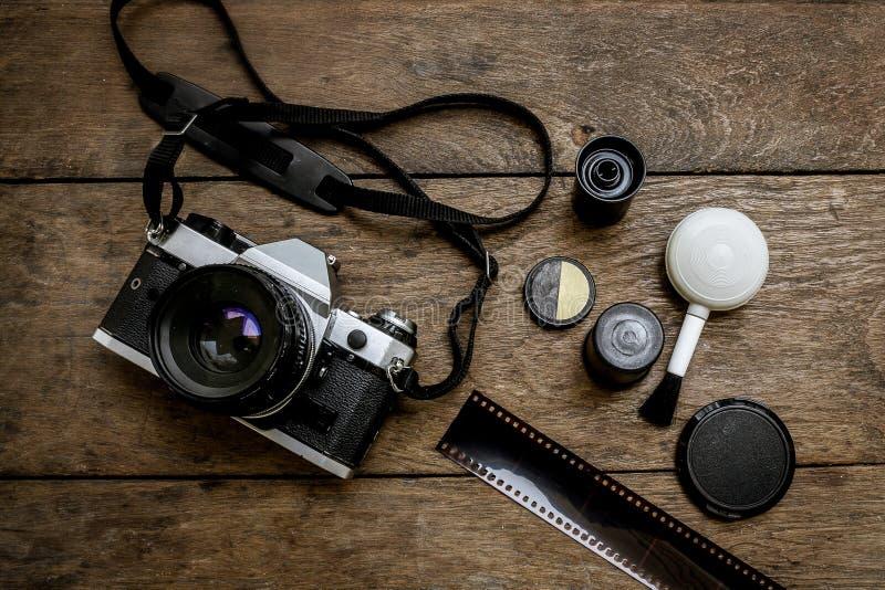 Камера на деревянном стоковое изображение