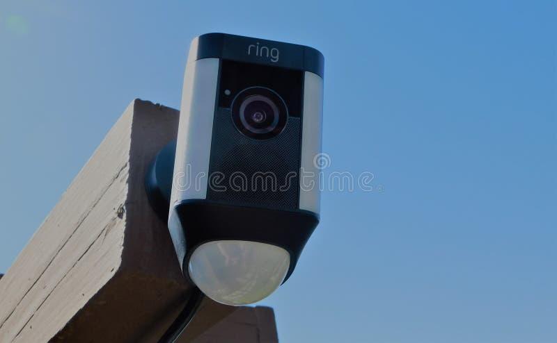Камера слежения кольца видео- установленная к столбу стоковые изображения