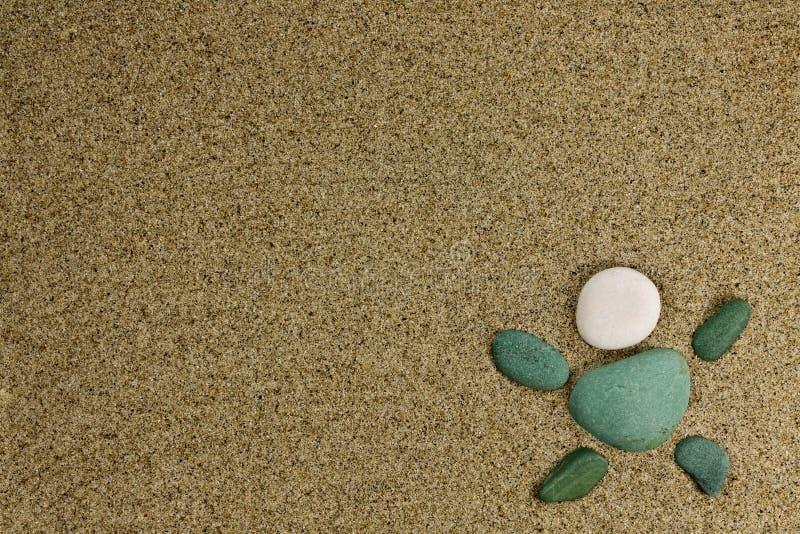 камни моря песка стоковые изображения rf