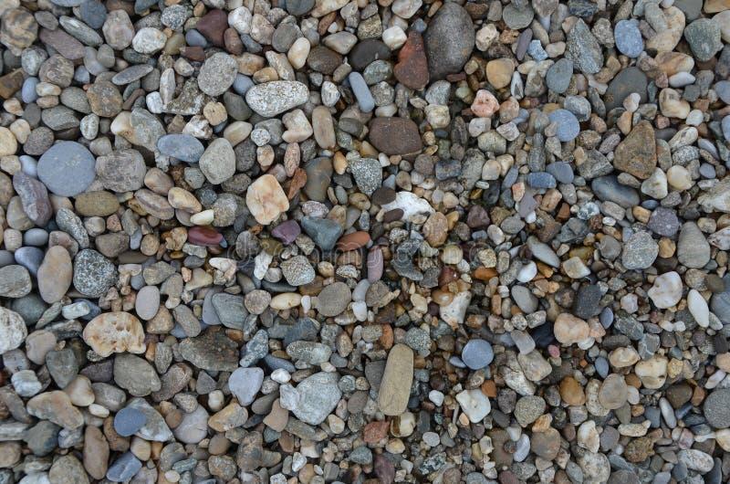 Download Камни на пляже стоковое фото. изображение насчитывающей старо - 41652430