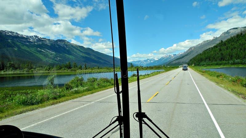 Канадское путешествие шины rockies стоковые фото