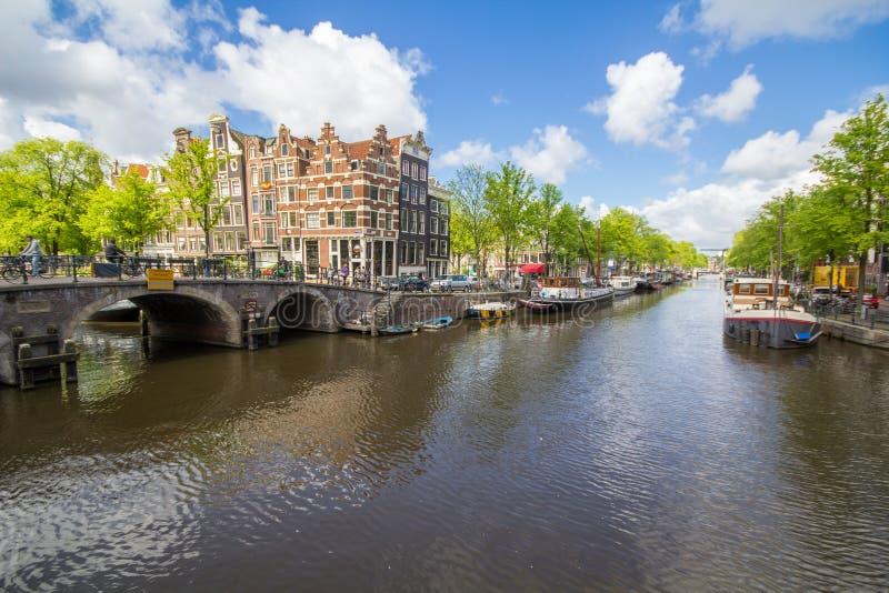 Каналы столицы Амстердама Нидерландов стоковое изображение rf