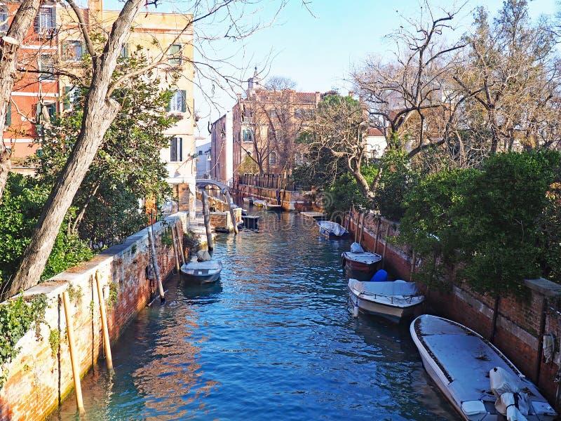 Канал в Giardini Publici в Венеции, Италии стоковая фотография rf