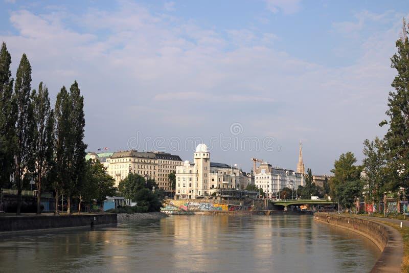 Канал Дунай в Вене стоковые изображения rf