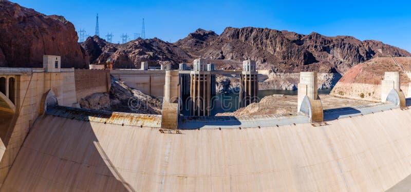 Канал переполнения на запруду Hoover стоковое изображение