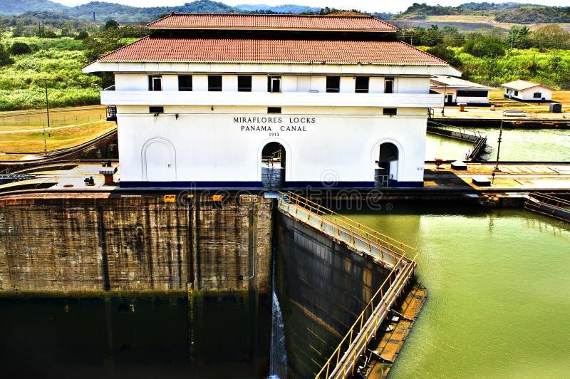 канал фиксирует miraflores Панаму стоковое фото rf