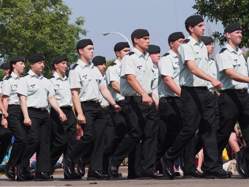 Канадец принуждает солдат стоковое изображение