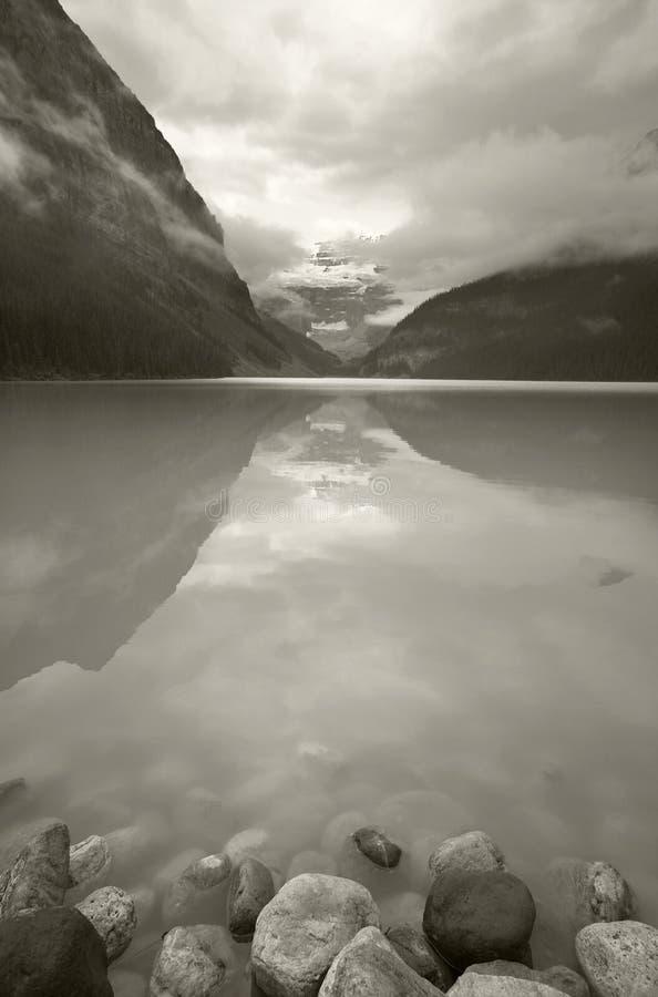 Канадский ландшафт в Lake Louise альбатроса Канада стоковые изображения rf