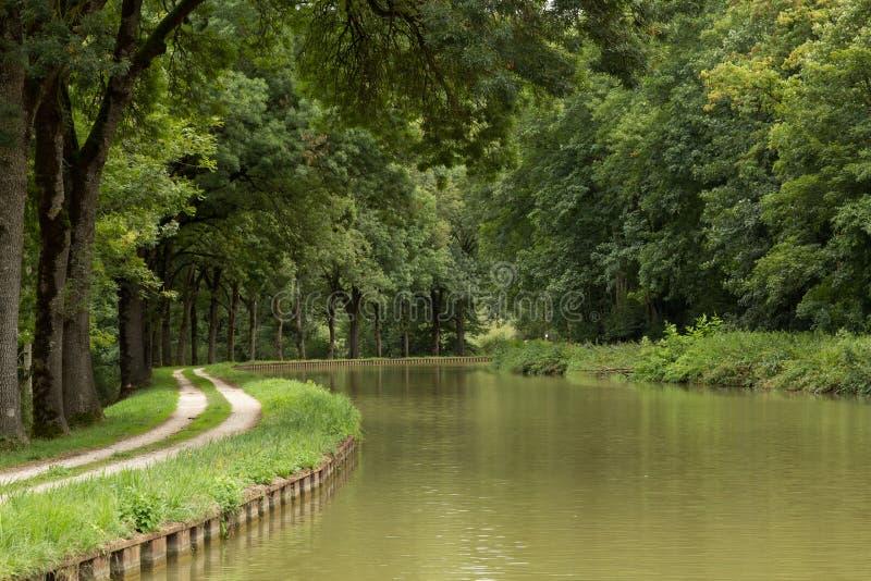 Канал de Бургундия, Франция стоковые изображения rf