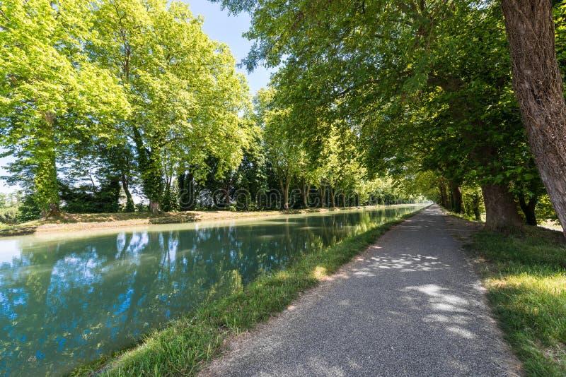 Канал de Гаронн в Moissac, Франции стоковое фото