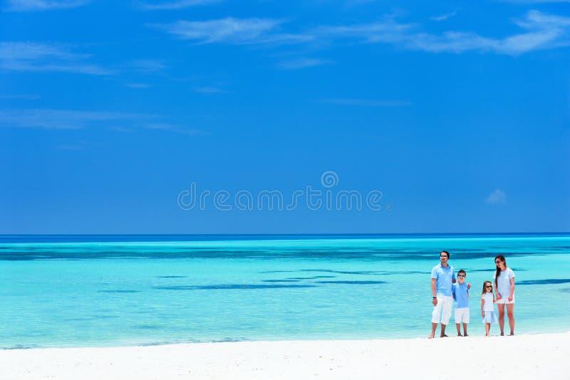 каникула лета семьи пляжа стоковые фотографии rf