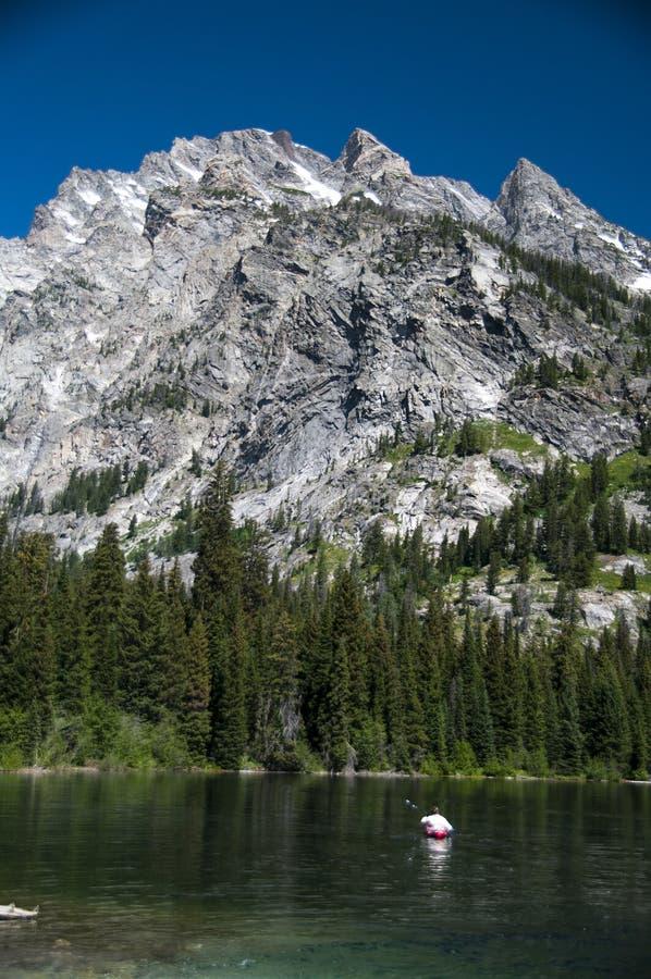 Каное в озере стоковые фото
