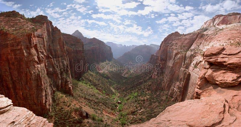 каньон обозревает zion стоковые фото