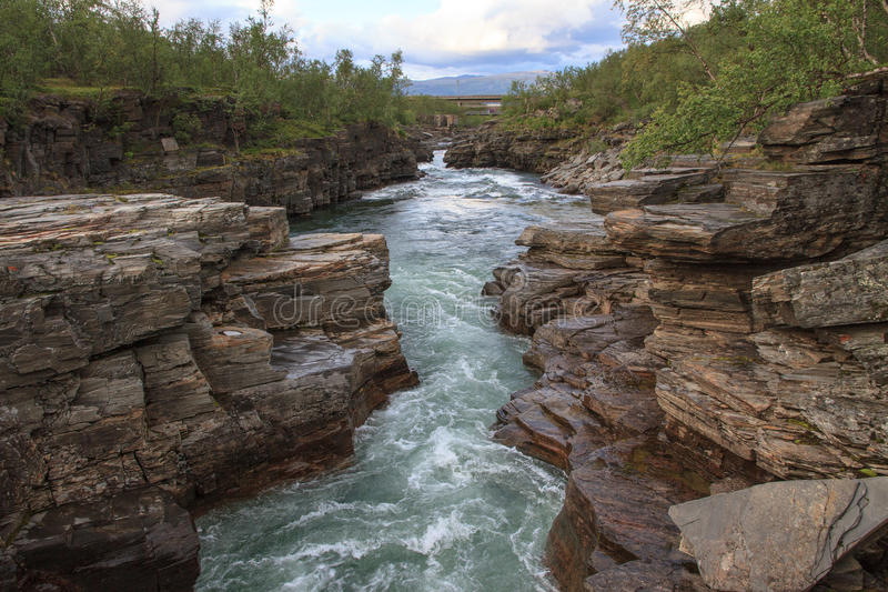 Каньон реки Abiskojaure стоковое фото