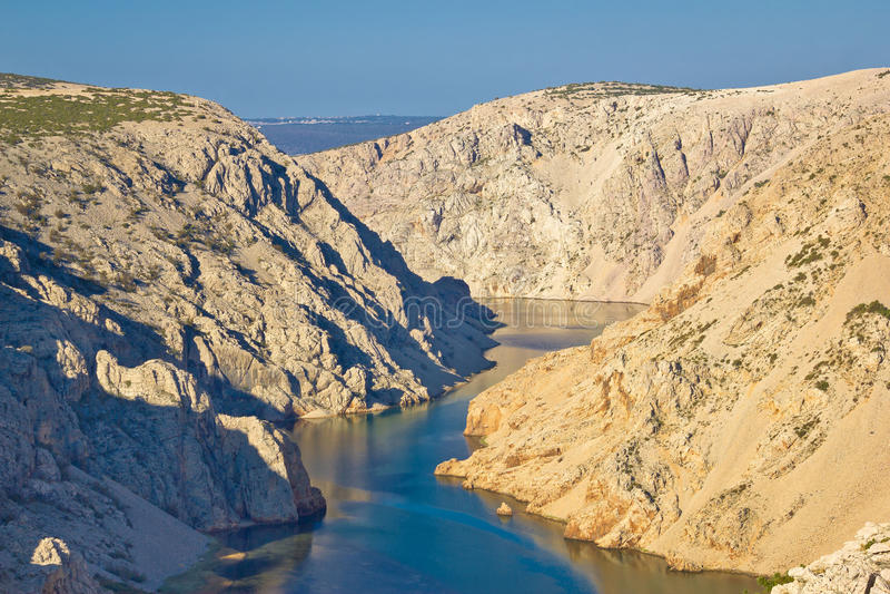 Каньон реки Zrmanja в Хорватии стоковые фото