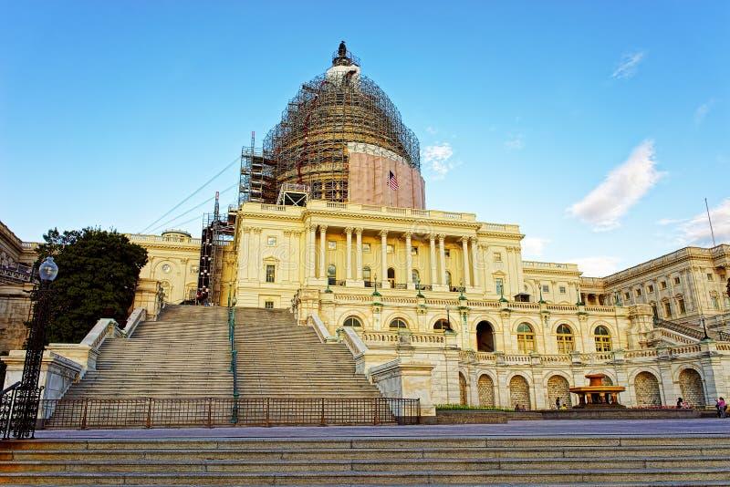 Капитолий Соединенных Штатов под реконструкцией стоковая фотография
