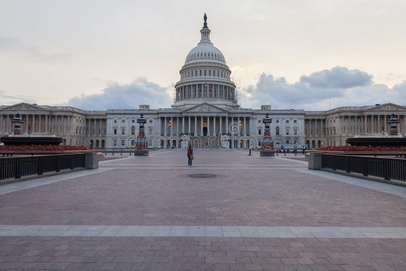 Капитолий США в ландшафте DC Вашингтона стоковое фото rf