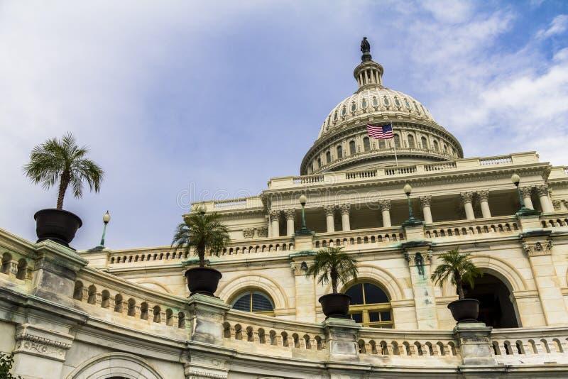 Капитолий США в Вашингтоне стоковая фотография