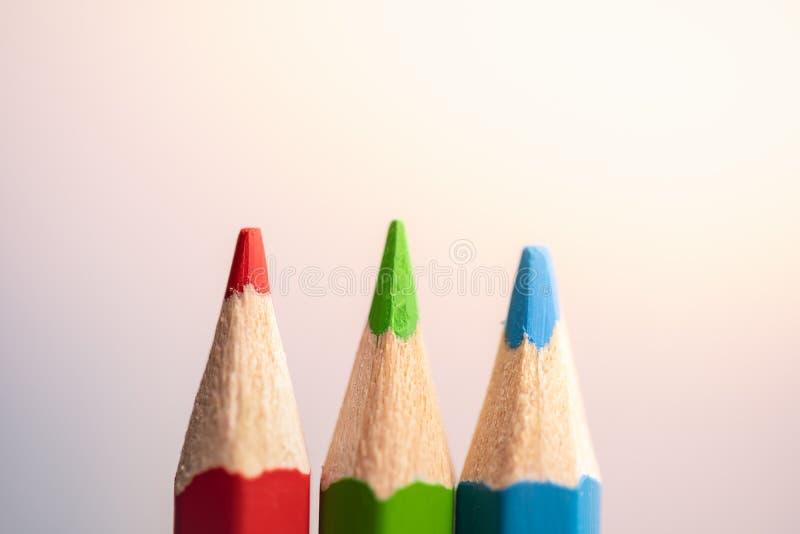 Карандаши цвета на белой предпосылке стоковая фотография rf
