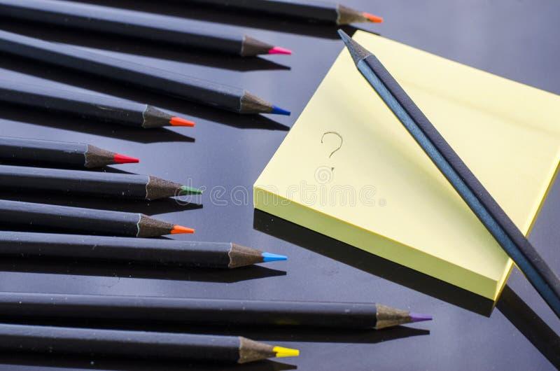 карандаши предпосылки покрашенные чернотой стоковое изображение rf