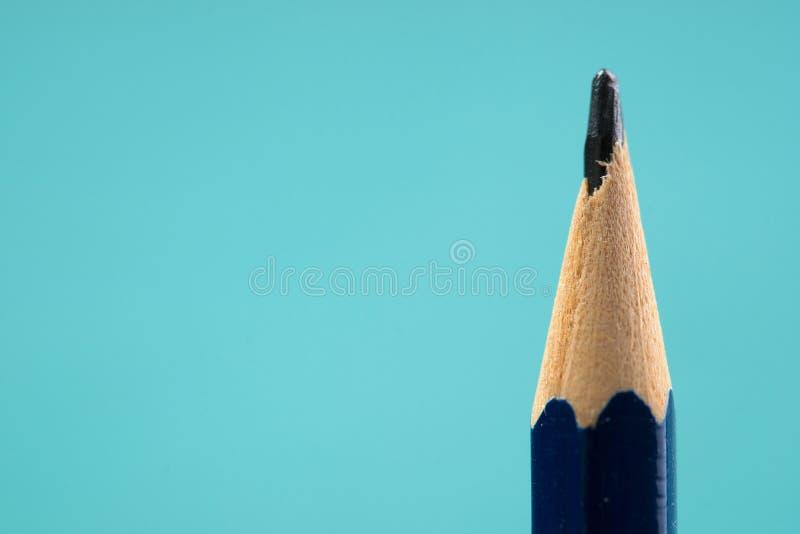 Карандаш на деревянном столе задняя школа к стоковая фотография rf