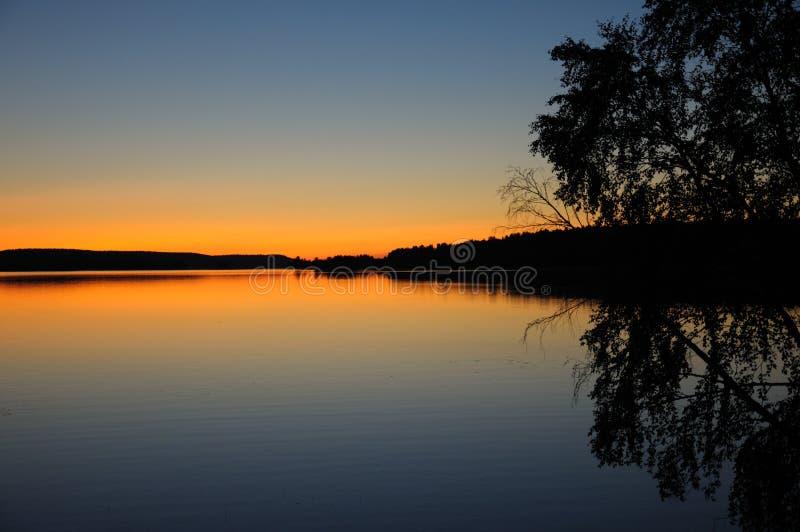 карельский тихий заход солнца стоковое изображение rf