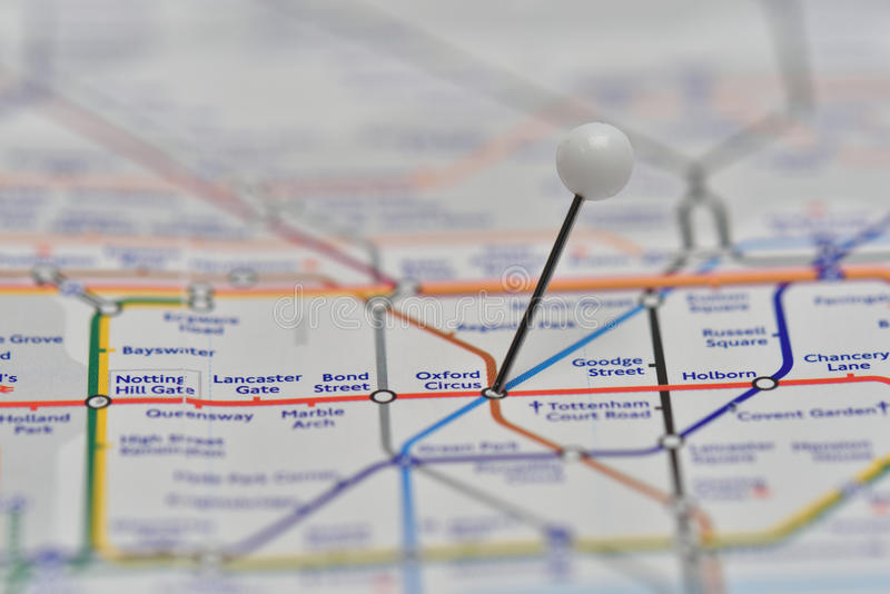 Карта Лондона подземная с штырем в станции цирка Оксфорда стоковое фото