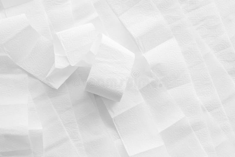 Картина туалетной бумаги для дизайна проктологии на белом взгляде сверху предпосылки стоковые фото