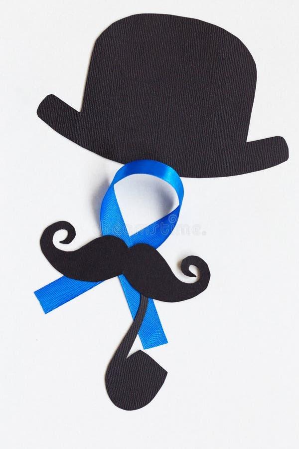 Картина усика с символом голубой ленты концепция movember стоковое изображение rf