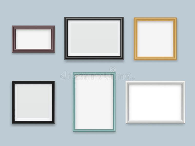 Картинные рамки реалистические Современное деревянное пустое собрание модель-макета вектора рамки картины или фотографии иллюстрация штока