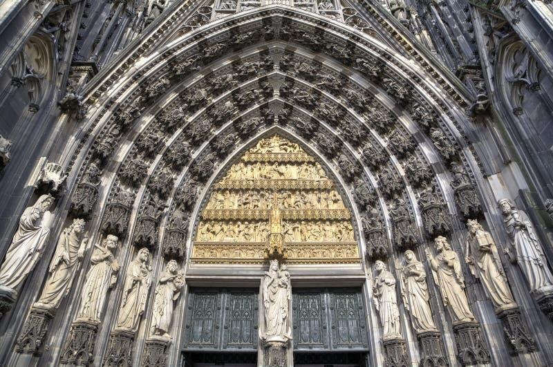 Download картины иллюстраций элементов конструкции украшения просто Cologne Германия собора Стоковое Фото - изображение насчитывающей купол, никто: 40575122