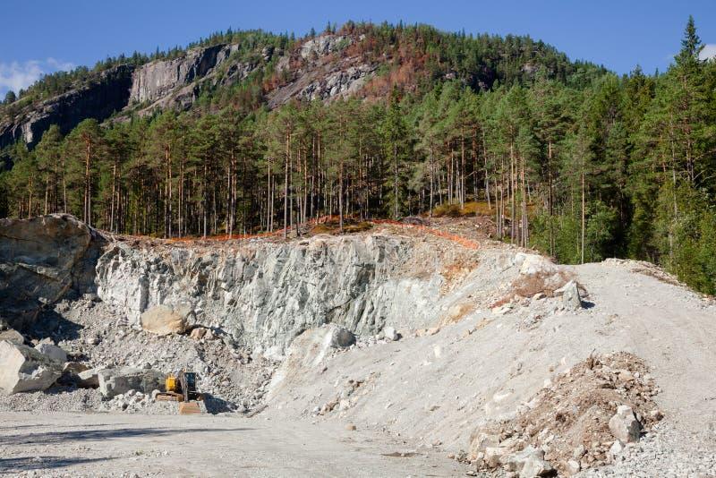 Карьер компосита конструкции минируя в Норвегии Скандинавии стоковая фотография