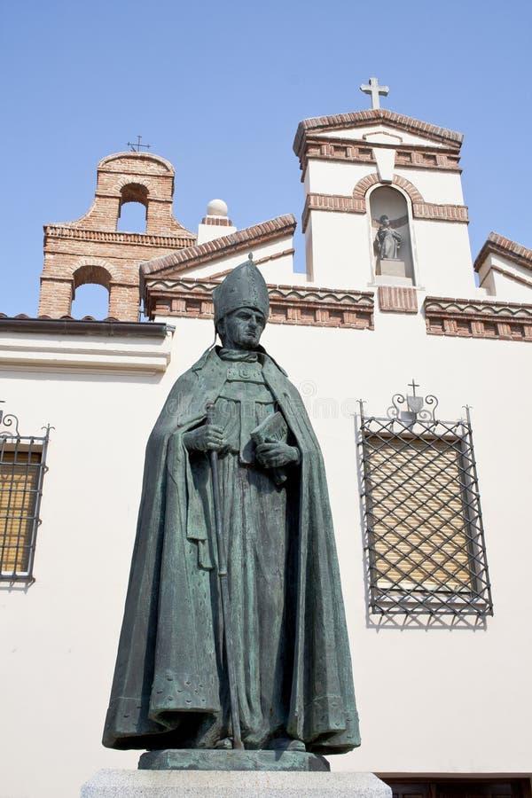 Кардинал Cisneros памятника стоковые фотографии rf