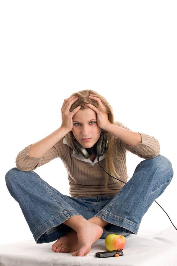 касатьться девушки головной подростковый стоковая фотография