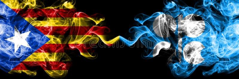 Каталония против флагов дыма ОПЕК установила сторону - - сторона Толстые покрашенные шелковистые флаги дыма Каталонии и ОПЕК иллюстрация штока