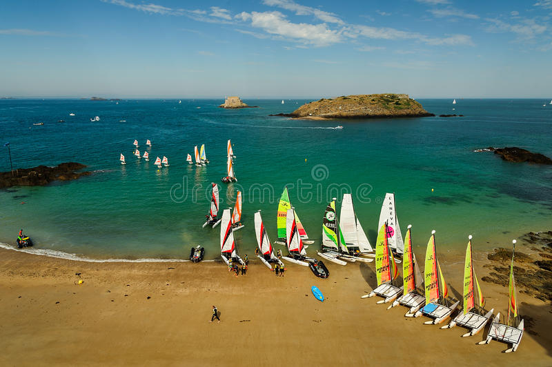 Катамаран на пляже стоковое фото rf
