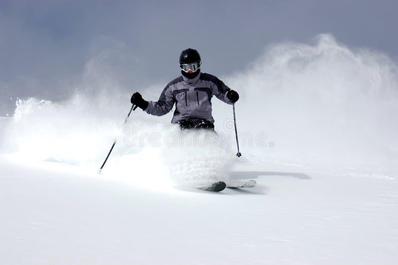 катание на лыжах порошка иллюстрация штока