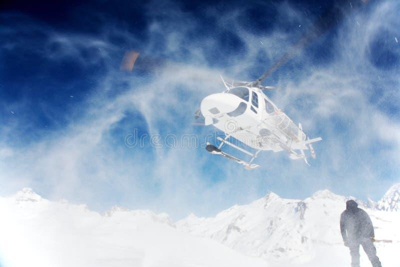 катание на лыжах heli стоковые изображения rf