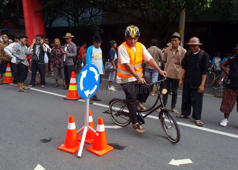 Катание эффектного выступления велосипеда стоковая фотография rf