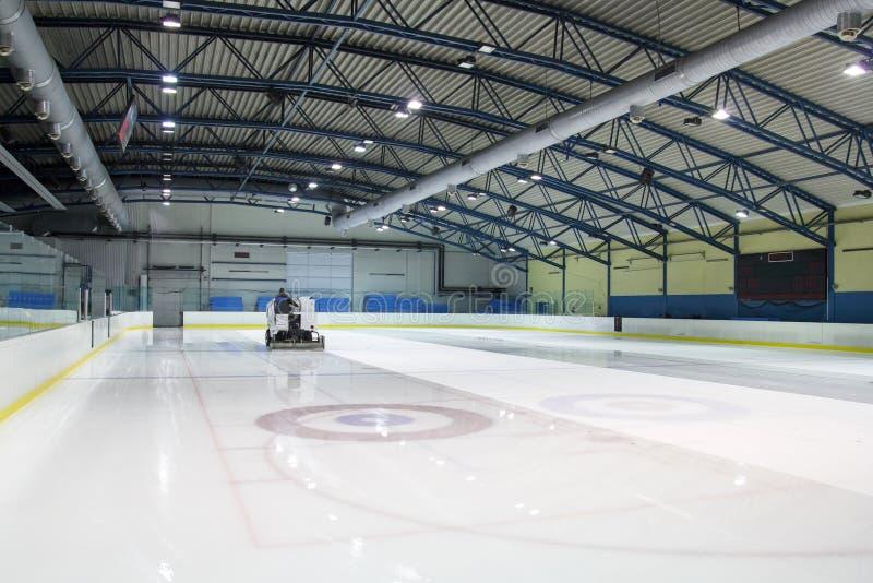 Каток катания на коньках стоковое изображение